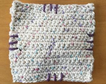 Laundry dryer sachet hand crochet filled with organic lavendar