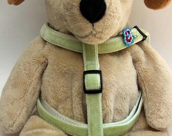 Dori Velvet Step-In Dog Harness