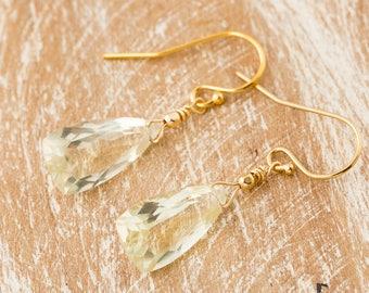 Yellow Quartz earrings/Lemon Yellow Quartz Earrings/Yellow stone earrings/Lemon Quartz Faceted trillion Earrings