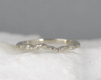 14K White Gold Tree Ring - Twig Wedding Band - Stacking Rings - Branch Ring - Nature Inspired Jewellery - Promise Rings - Made in Canada