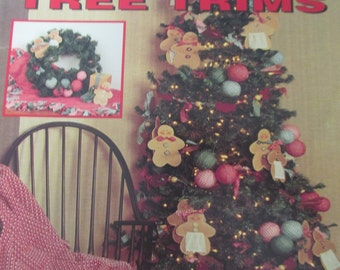 """K Vintage Decorative Country1994 crafting book """"Country Tree Trims"""" by Beth Doering 36 page"""