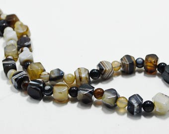 Black White Brown Agate Natural Gemstone Men Women Necklace Jewelry Stone Beaded Chunky Unisex Healing Boho Artisan Necklace Gift for Mom