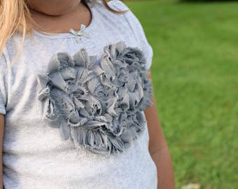 Heart Tee Shirt | De Ateliers | Spring Tee Shirt | Grey Heart Tee | Washed Grey Tee | Ellie Ann and Lucy