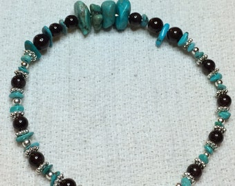 Touquise, garnet and silver bracelet