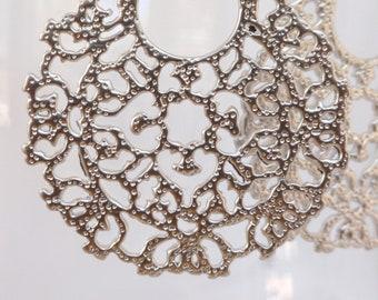 Filigree Medallion Earrings- Matte Silver Filigree Circle Earrings- Matte Silver Medallion Earrings- Middle Eastern Earrings- EGS-FC1