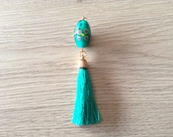 Glass and Emerald tassel pendant bead