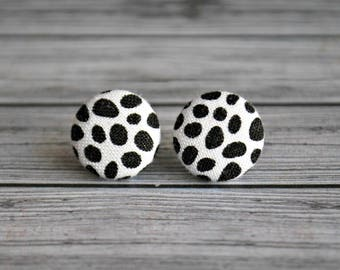 Fabric button earrings , fabric button studs , button earrings , fabric , button ,  pebbles , ladies earrings , Australia