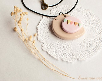 Sweet Bird  Necklace with garland. Polymer clay.