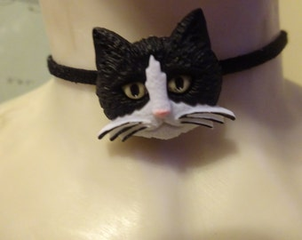 SALE/Black Cat Choker/Suede Choker/Black and White Cat/Pet Lovers Jewelry/Teens Jewelry/Cat Lovers Jewelry/Fashion Jewelry/Gargantilla
