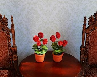 Dollhouse Miniature Flower for dollhouse, geranium, scale of 1:12, miniature plant, dollhouse flower, dollhouse plant, miniature flower .