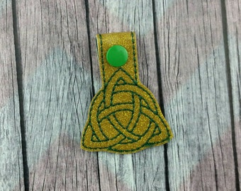 Celtic Symbol Snap Tabs for Sports Bags and Luggage, Key Chains, Zipper Pulls, triquetra