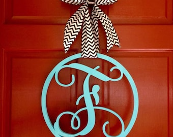 Personalized Single Letter Monogram Door Hanger - Wooden Monogram Initials - Wall Decor - Graduation Gift - Dorm Decor - Wedding Gift