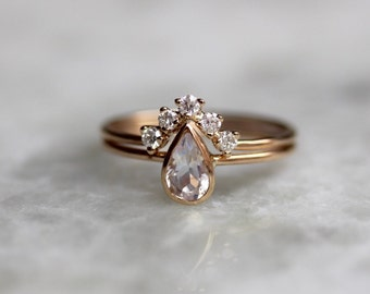 Beautiful More Colors. 14K Moonstone Pear Engagement Ring Set ...