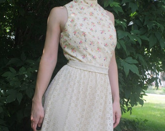 Lace Maxi Dress Floral Cream Ivory Hippie XS 70s Vicky Vaughn Vintage