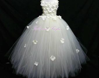 Ivory Flower Girl Dress / Flower Girl Dresses / Bridesmaid Dress / Princess Dress / Simple Wedding Dress / Flower Girl / Wedding Dress /Gift