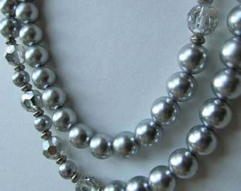 Silver pearl and crystal stunning vintage necklace
