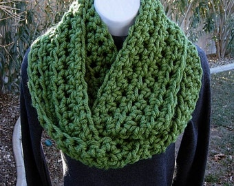 COWL SCARF Infinity Loop Solid Medium Green Extra Soft 100% Bulky Acrylic Crochet Knit Winter Endless Thick Circle..Ready to Ship In 2 Days