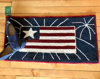 Hooked rug - Americana Decor - hand hooked wool rug - red white and blue decor - Patriotic Decor