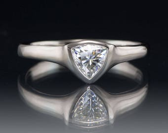 5mm Trillion Moissanite Engagement Ring in Palladium, Ready to Ship size 4.5 to 8.5, Fancy Moissanite, Modern Simple Engagement Ring