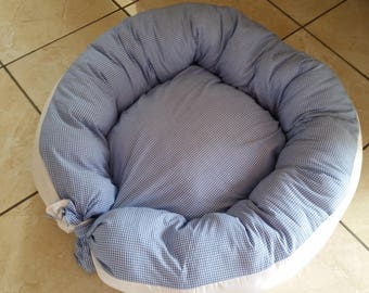 cozy 60 x 60 pet pillow