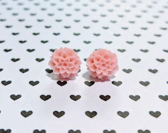Pink Chrysanthemum flower stud earrings. Stainless Steel earrings. 10mm earrings.