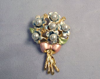 Blue Flower Bouquet Vintage Brooch ~ Nosegay Bouquet Pin ~ Mother's Day Bouquet - Pastel Blue Enamel and Pearls - Pin from the 1980's