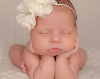 Ivory baby headband, baby headband, infant headband, newborn headband, girl headband, baby girl headband, baby gift, photo prop, hair clip