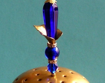 Pretty Cobalt Blue Mix & vintage finding 6 inch Handmade Hatpin / Hat Pin