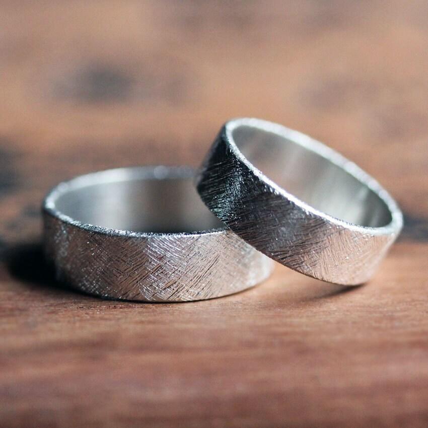 description modern wedding ring - Modern Wedding Rings