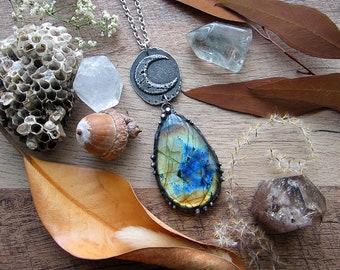 """Necklace """"Night"""" with large beautiful labradorite & rustic moon pendant. Custom length stainless steel chain."""