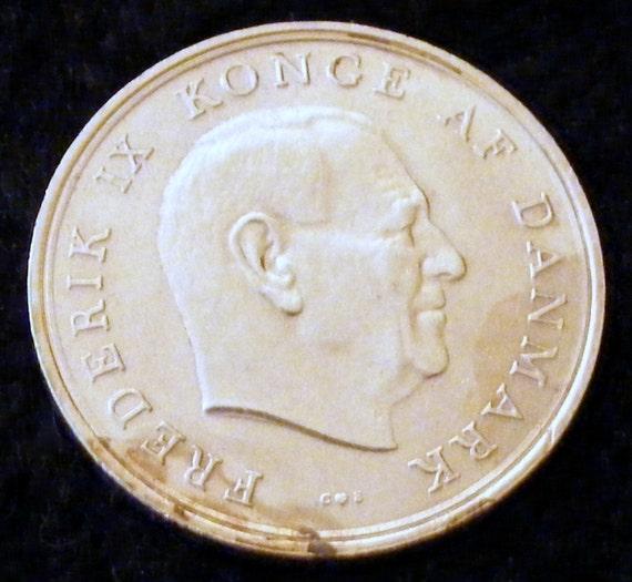 1961 1 KRONE PIECE . . Great Investment . .
