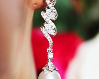 Long Dangle Crystal Drop Wedding Earrings, Pearl Drop Bridal Earrings, Crystal Bridesmaid Earrings, Bridal Accessories, Mother of the Bride