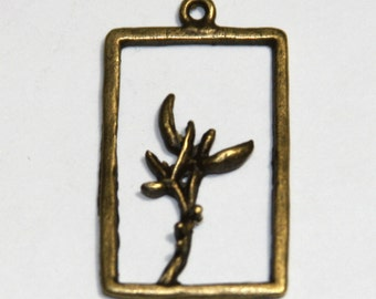 4 pcs of antique brass Rectangle with branch 29x18mm