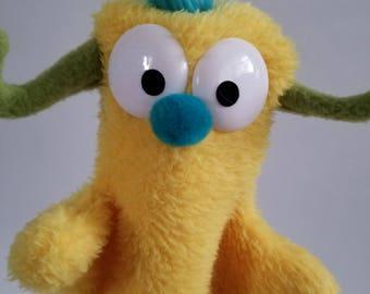 Little Beastie Hand Puppet (yellow)