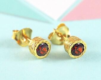 January Birthstone Earrings, Garnet Studs, Birthstone Gift, Gold Stud Earring, Simple Studs, Gold Gemstone Earring, Simple Earrings,Earrings