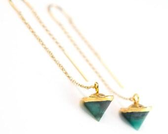 Raw Emerald Earrings Gold, Emerald Threader Earrings, Dainty Ear Threaders, Gift for Girlfriend, May Birthstone Gift, Boho Chic Earrings
