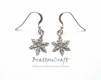 Silver Snowflake Earrings - Sterling Silver Snowflake Earrings - Winter Earrings - Winter Wedding Earrings - Christmas Earrings