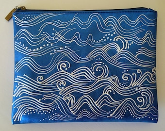 Pouch blue vinyl 'Waves'