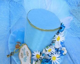 Mini top hat, Alice in Wonderland, Baby Blue mini top hat Headband, Tea party hat Fascinator, Daisy mini hat, Drink me bottle, Alice top hat