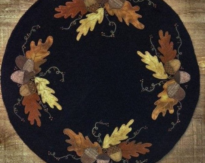 """Pattern: Wool Appliqué Signs of Autumn 18"""" Round Table Mat Pattern by Cricket Street Wool"""
