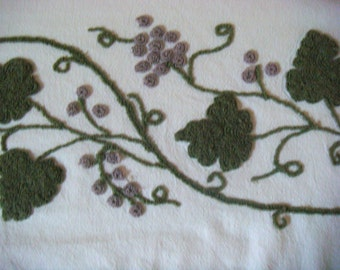 Cabin Crafts Fruit and Floral Vintage Chenille Bedspread Fabric 16 x 23.5 Inches