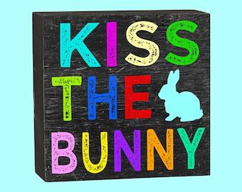Kiss The Bunny  - 10351
