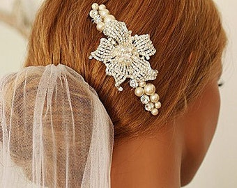 Blooming Lily  Cubic Zirconia Pearl Embellished Hair Comb Headpiece