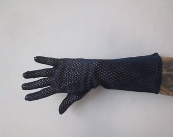 Vintage '60s Kayser Nyl-O-Vent Nylon Mesh Driving Gloves in Navy Blue, Size Medium
