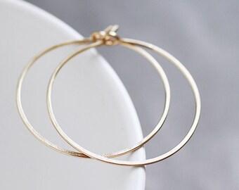 Lisse Hoops M - matte 14K gold filled hammered hoop earrings