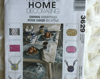 McCall's Home Decorating Pattern 10 piece Dining essentials 3629 Home Decor  UC FF