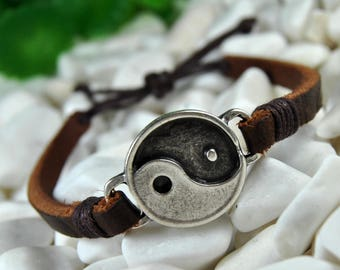 FAST SHIPPING - Leather Bracelet, Yin Yang Bracelet, Men's Bracelet, Brown Leather Bracelet, Yoga Bracelet, Women's Bracelet, Yin Yang Cuff