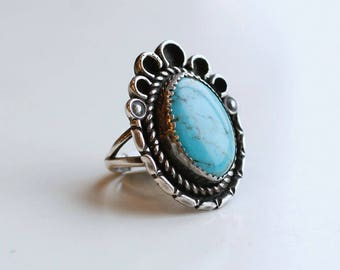1960s sterling and light blue turquoise statement ring / vintage 60s silver and turquoise scalloped frame large ring size 6