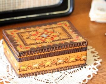 Memory Box - Handmade Pyrography Box - Trinket Box - Rustic Box - Rustic Storage - Trinkets Storage - Wood Box