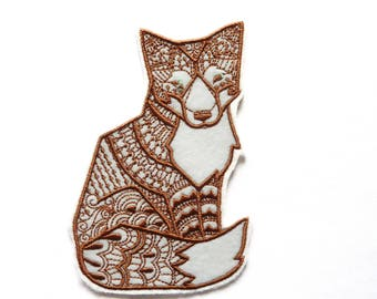 Applied shield embroidery patch fusible sitting Fox